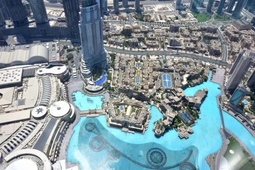 20180804_162119_AtTheTop_BurjKhalifa_Dubai.jpg