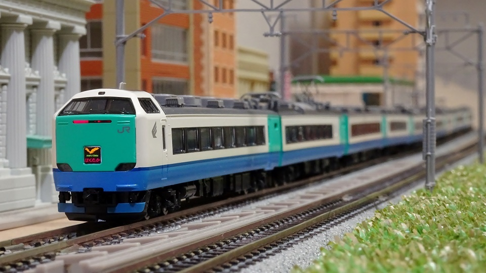 JR 485-3000系特急「はくたか」上沼垂色