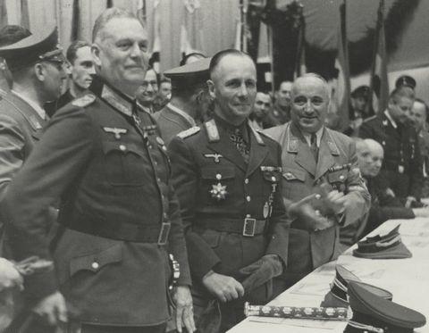 Erwin Rommel_Wilhelm Keitel_Robert Ley_Sportpalast_30.Sep.1942