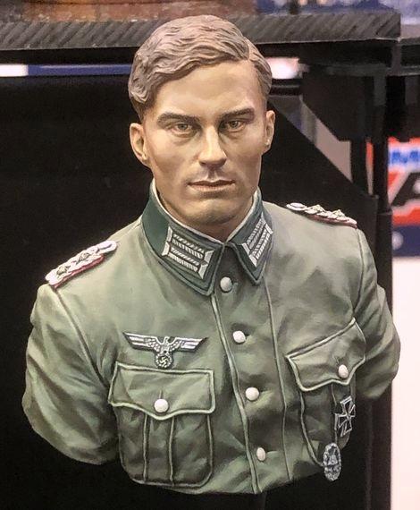 NuTs PLANET_1/10_Bust_Claus von Stauffenberg