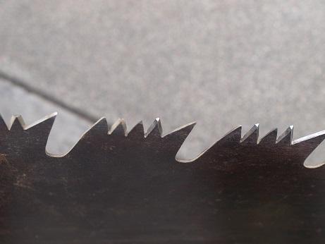 P5200046 刃の形状