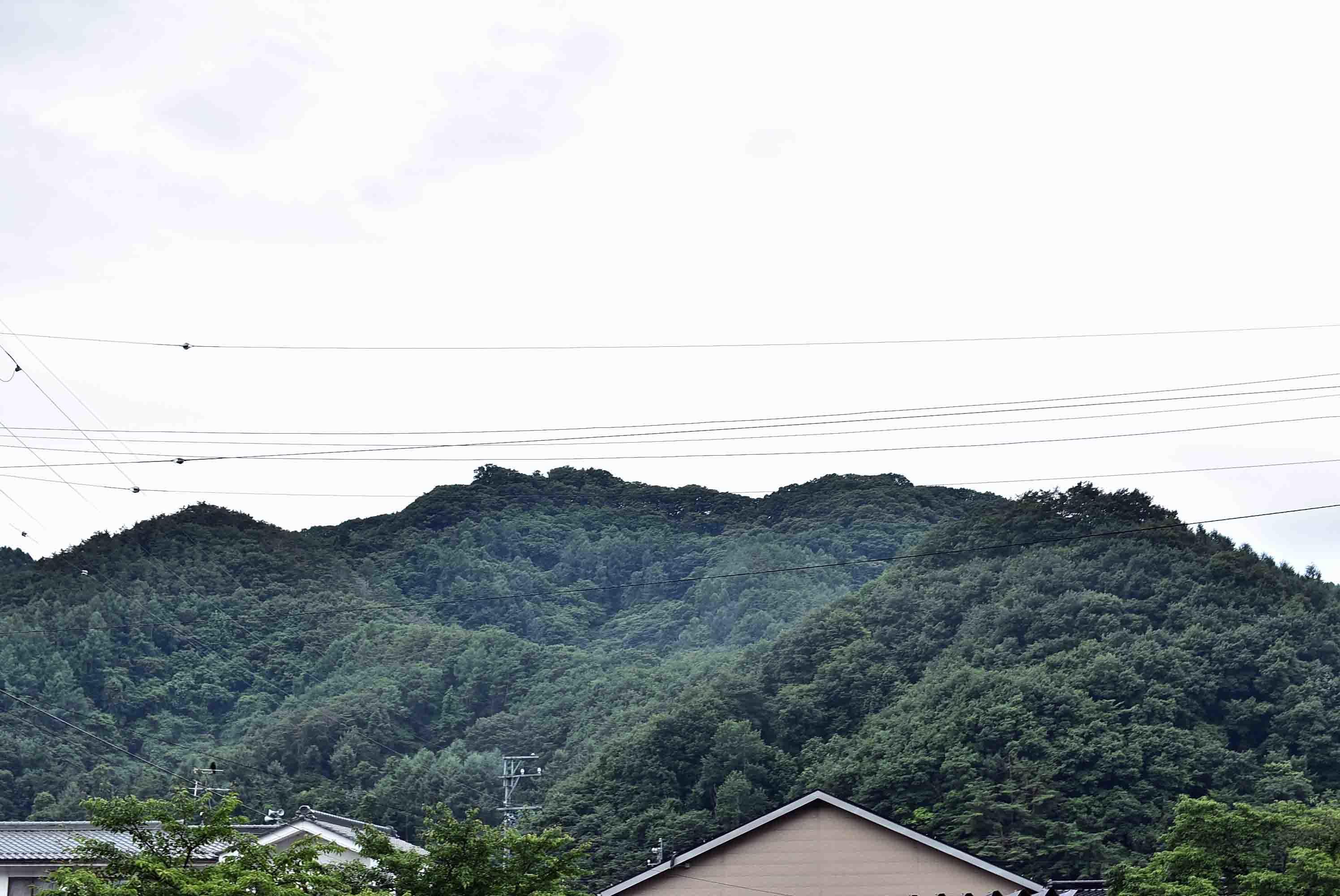 志賀城から見た五本松城