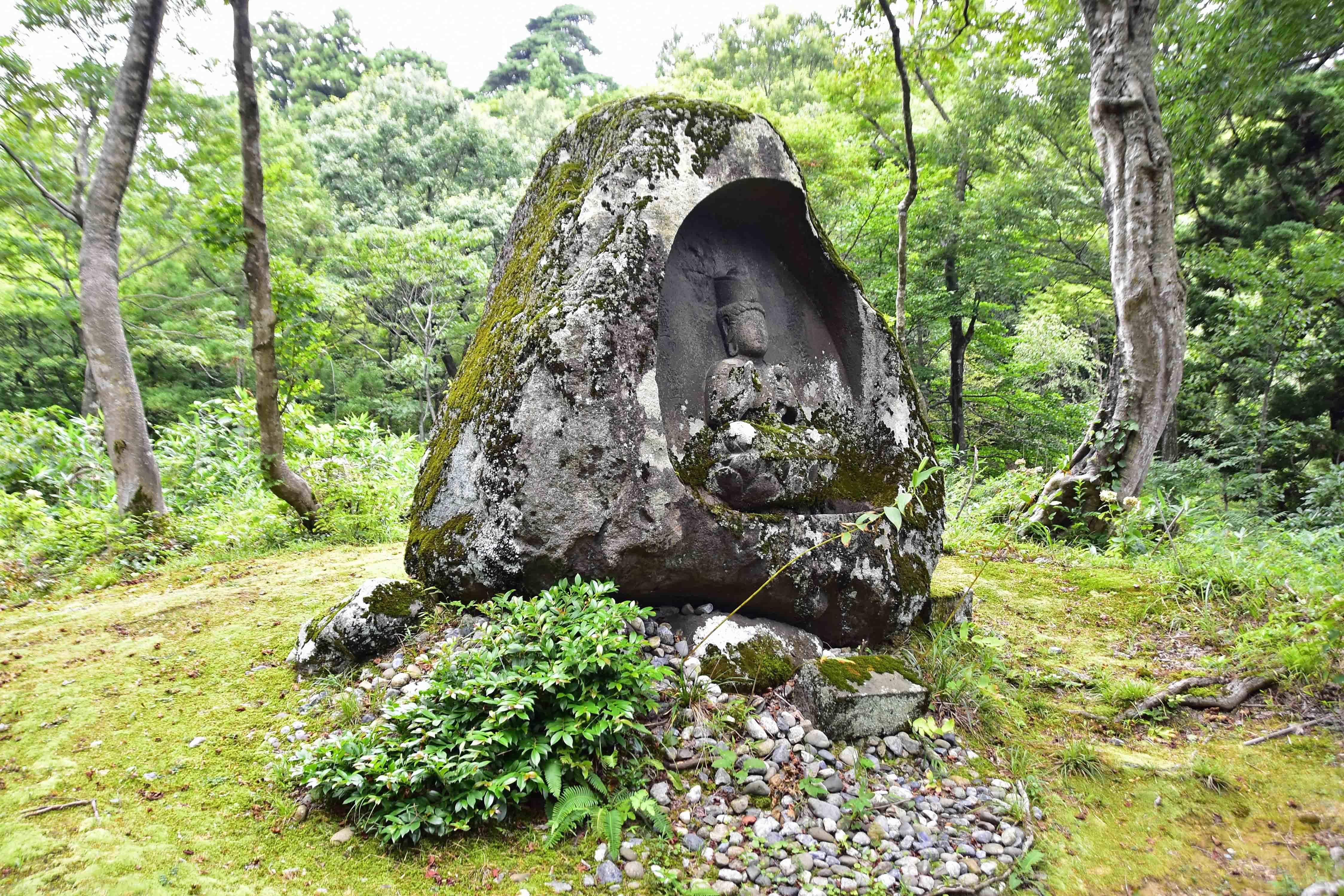 松平氏墓所2