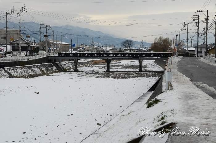 渦井川の雪 愛媛県西条市川北