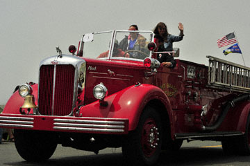 blog 96 July 4th Parade, Fire Dept., Mendocino, CA_DSC7676-7.4.19.(2).jpg