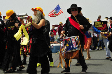 blog (6x4@300) Yoko 96 July 4th Parade, Family Belong Together, Mendocino, CA_DSC7834-7.4.19.(2).jpg